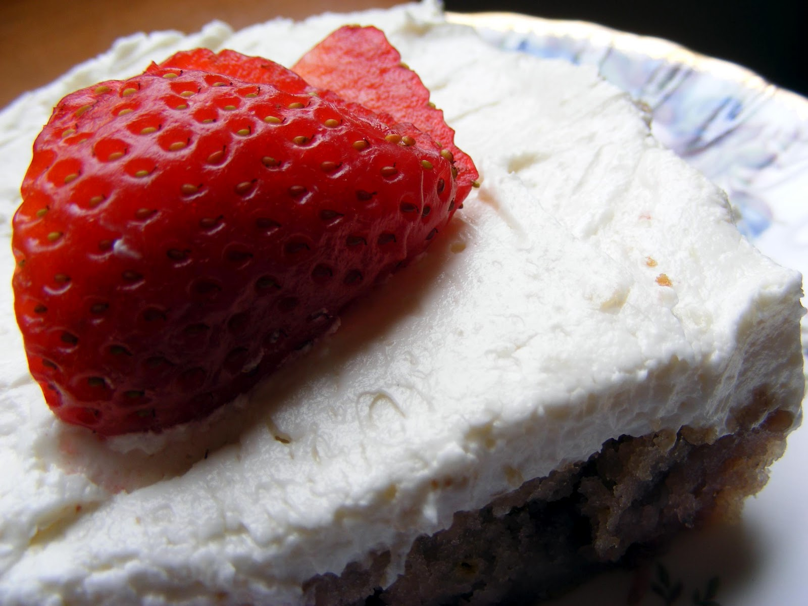 Berry Cream Cake Recipe
