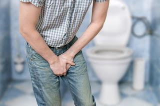 Foods that Cause Urinary Incontinence in Seniors