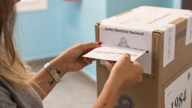 Elecciones 2021: quienes tengan Covid, síntomas o sean contactos estrechos estarán exentos de votar