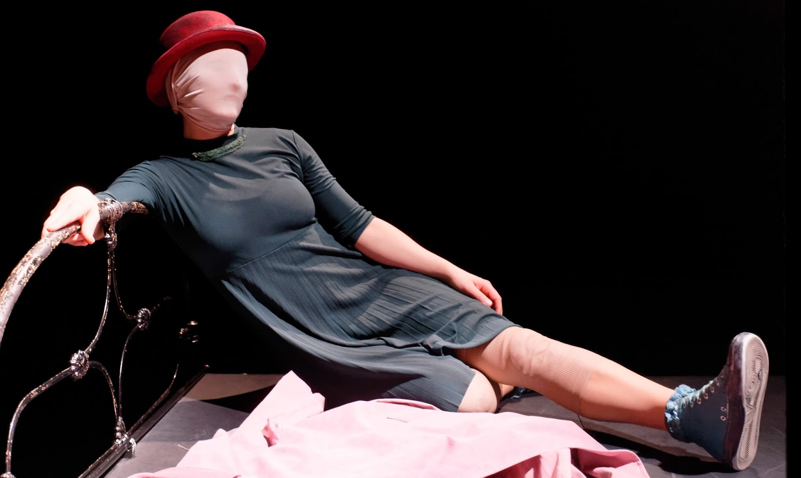 LONDON CITY NIGHTS: 'Blind Man's Song' at The Pleasance