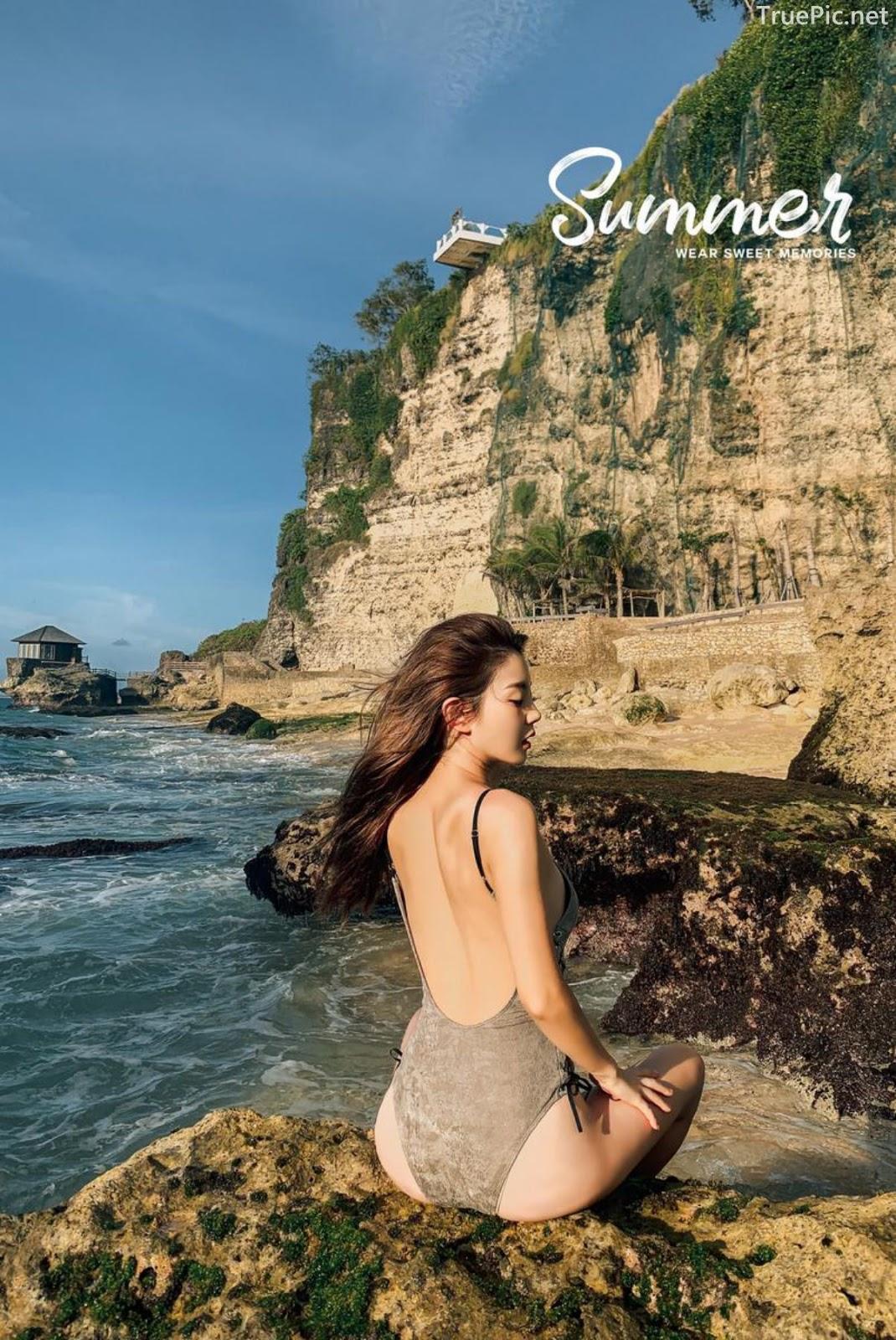 Korean fashion model Lee Chae Eun - Push Monokini - Picture 11