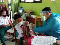 505 siswa- siswi MTsN 6 Ponorogo sangat antusias ikuti vaksinasi tahap 1
