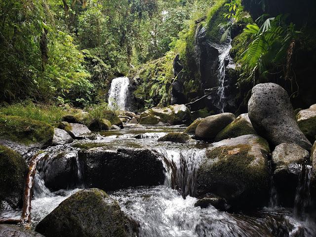 arayan waterfall costa rica