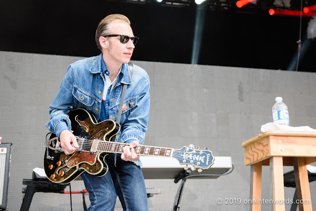 Dave Sampson at The Bandshell at The Ex 2018 on August 22, 2019 Photo by John Ordean at One In Ten Words oneintenwords.com toronto indie alternative live music blog concert photography pictures photos nikon d750 camera yyz photographer