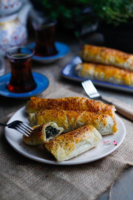 Sodalı Ispanaklı Börek