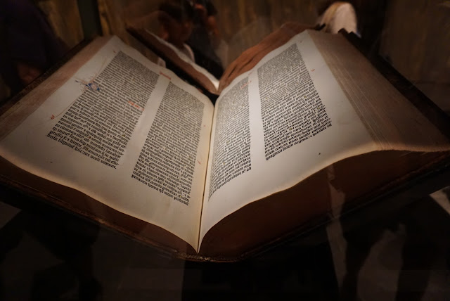 gutenberg bibbia bible Yale University