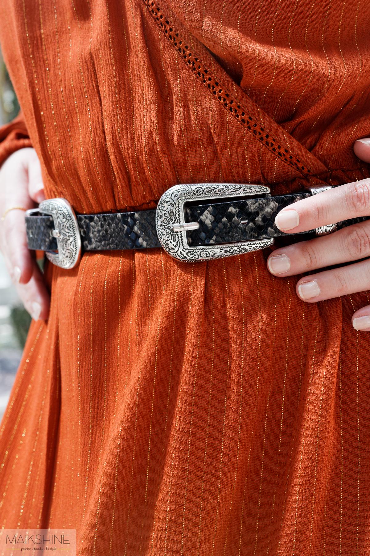 detalle cinturón cowboy