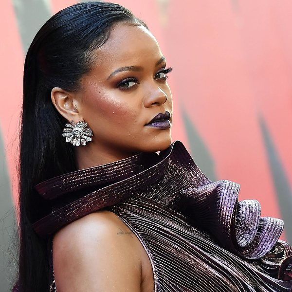 Rihanna's Rented A House That Is Worth $415 Thousand Per Month