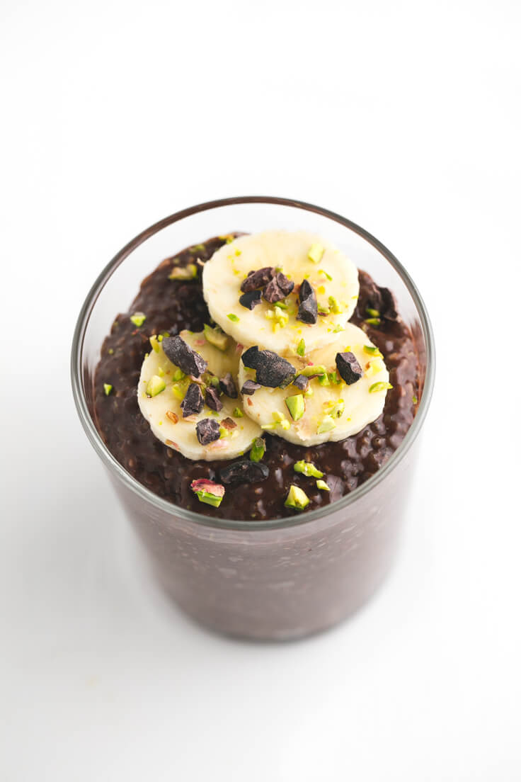 Chocolate Chia Pudding: It only takes four ingredients to make this Chocolate Chia Pudding. It is very creamy and has an intense chocolate flavour.