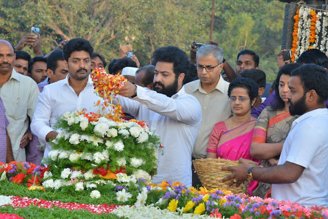 Jr ntr, Kalyan Ram at NTR Ghat Photos