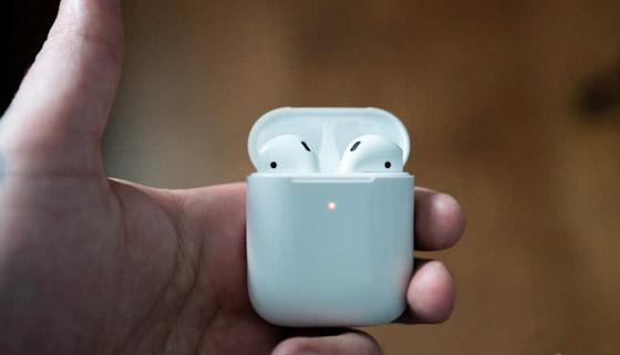 كيفية توصيل Apple AirPods بهاتف الأندرويد