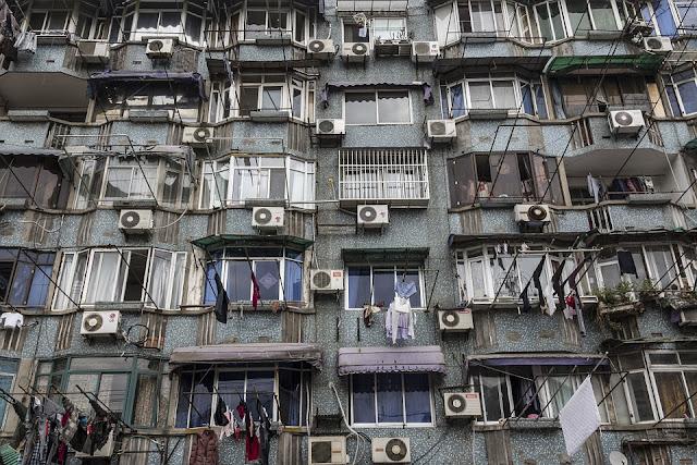 condizionatore-facciata edificio-architettura