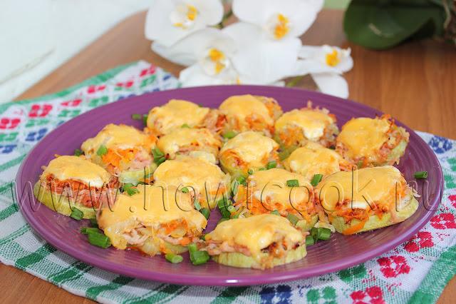 рецепт кабачков, запеченных с колбасой и сыром в духовке