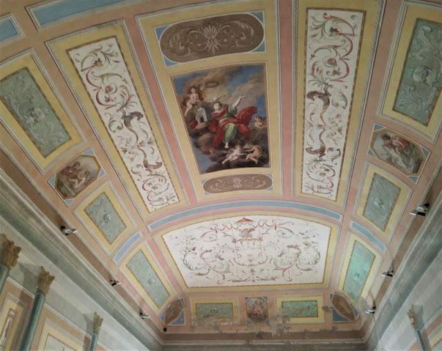 affreschi sul soffitto del salone Sansoni nel duomo