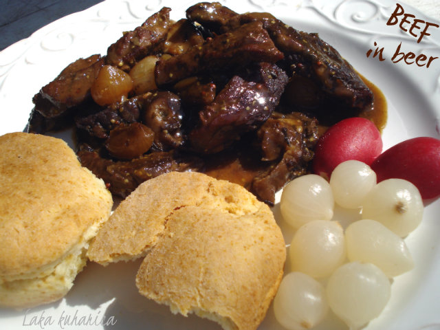 Beef in beer by Laka kuharica: beef chunks and shallots stewed in beer.