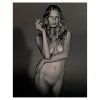 Anna Ewers naked