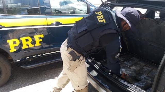 Homem é preso com 44 kg de cocaína escondidos no porta-malas de carro em Jequié