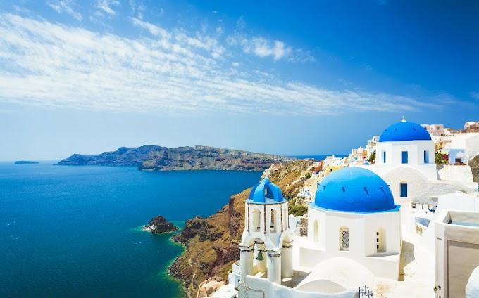 Sun: Εκτός της βρετανικής πράσινης λίστας για κορονοϊό τα ελληνικά νησιά