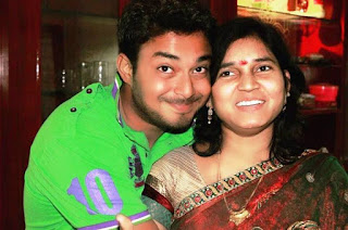 Tanish mother with his family