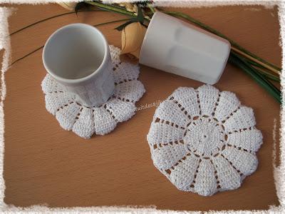 Dessous de tasses fleur