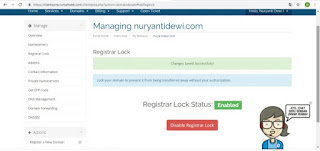 Manage domain dengan pilih registar lock