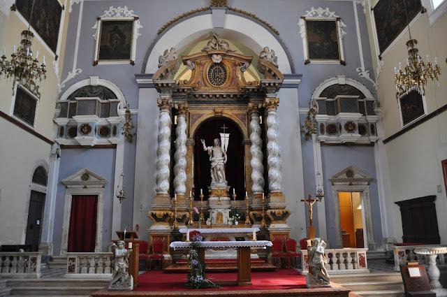 foto de Interior de la Iglesia de San Salvador , que ver en Dubrovnik