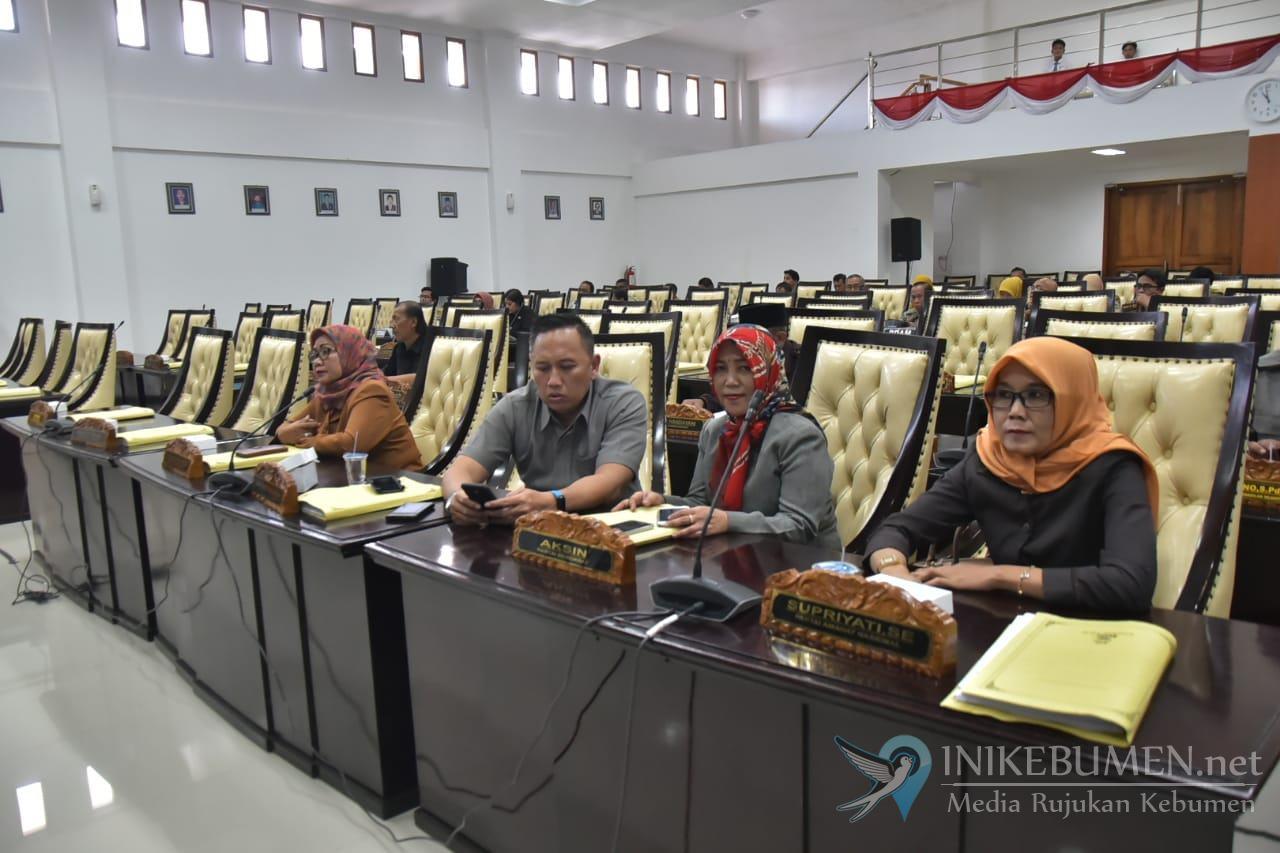 Tak Ingin Kepercayaan Masyarakat Turun, DPRD Kebumen Bahas Raperda Pelayanan Publik