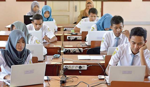 Kenapa Lulusan SMK Masih Banyak yang Menganggur?