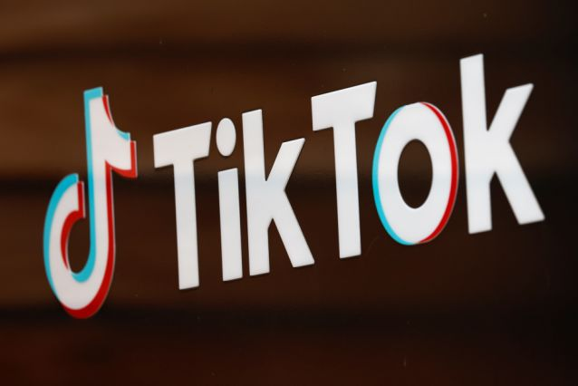 U.S to ban TikTok and WeChat on Sunday.
