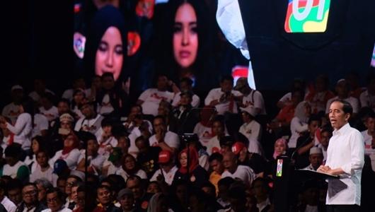 Pidato Jokowi di Sentul Dihadiri 40.000 Relawan