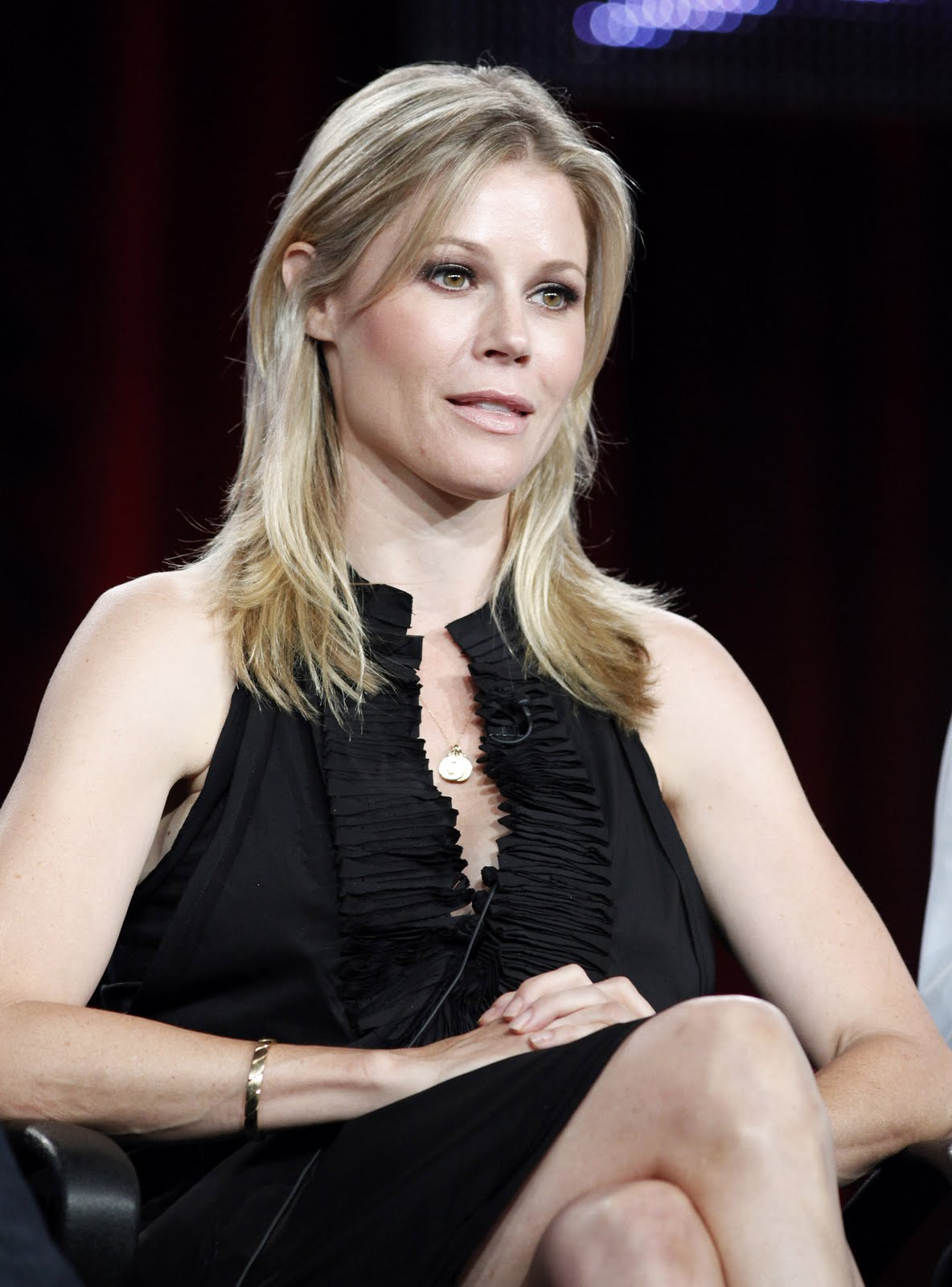 Claire Celebrity Julie Bowen-4392