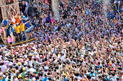 Gigli di Nola festival lilies unesco heritage campania naples southern italy