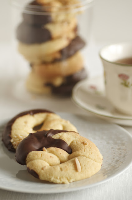Bretzel alla vaniglia e cioccolato