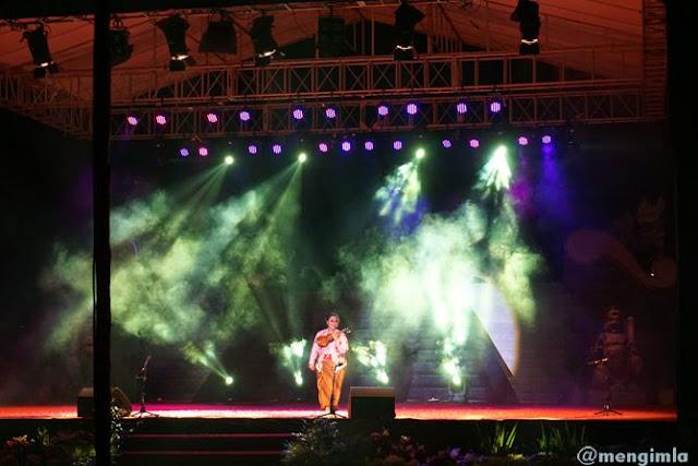 Endah Laras, sang maestro melantunkan tiga lagu keroncong