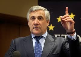 le président du Parlement, Antonio Tajani