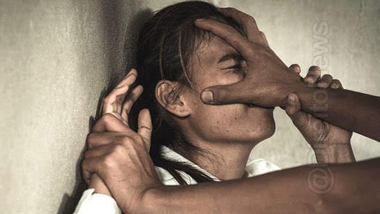 cinco dias notificacao violencia mulher direito