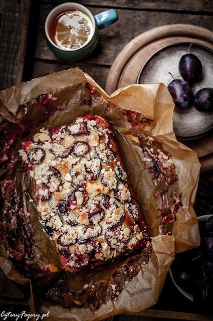 Ciasto-drozdzowe-z-owocami