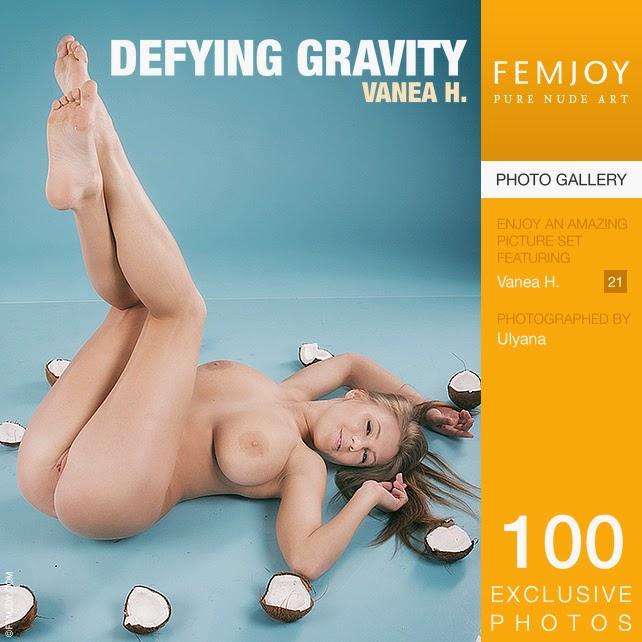 Icemjob 2015-01-30 Vanea H - Defying Gravity 02120