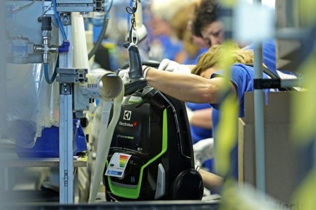 A PM fokozott figyelemmel kíséri az Electrolux-dolgozók sorsát