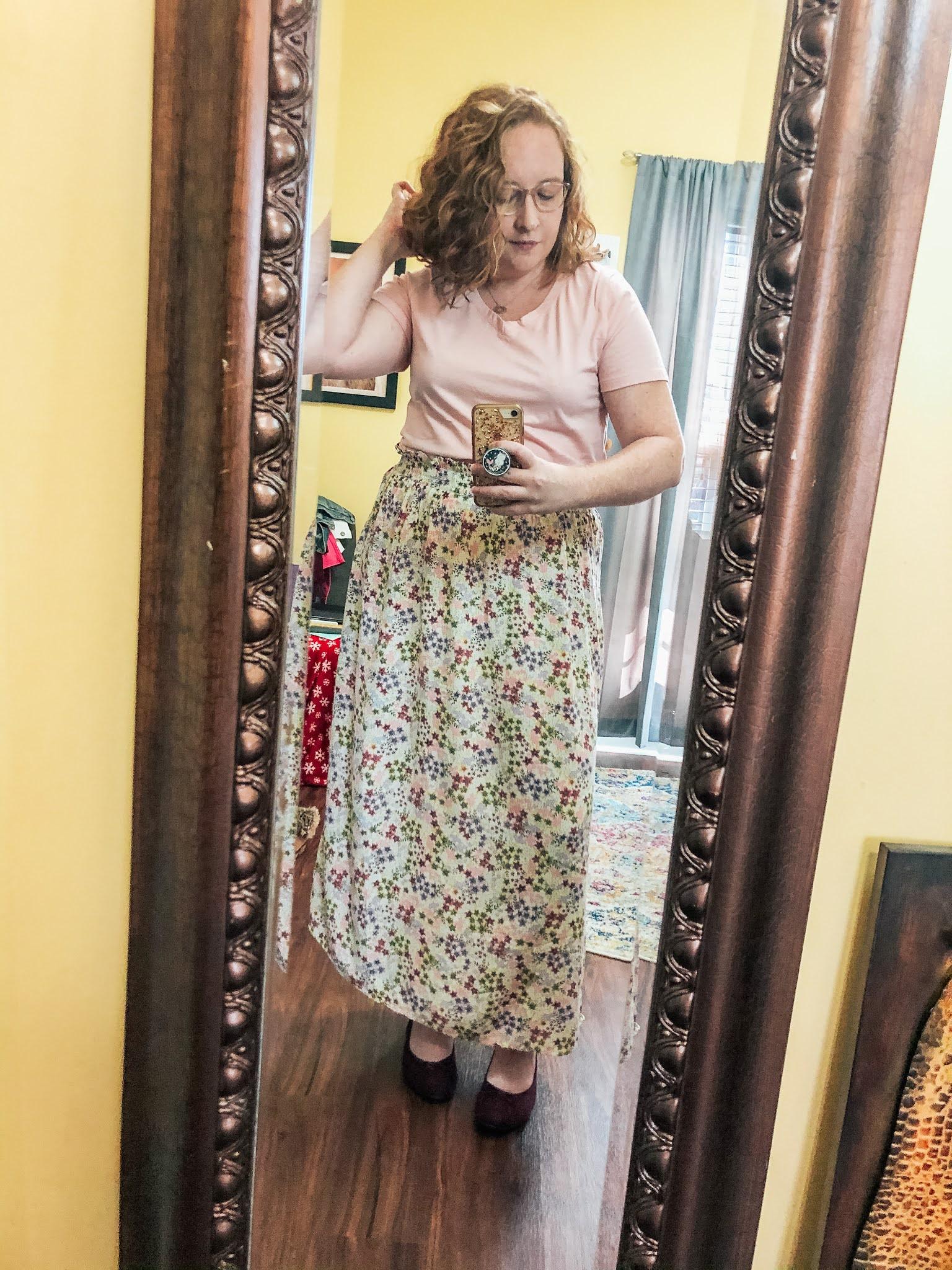 floral-midi-skirt-pink-tshirt-ballet-flats