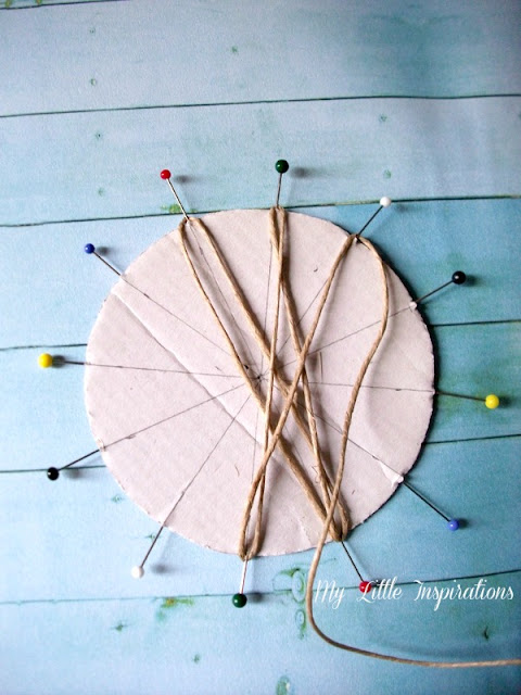 DIY Twine and raffia flowers with recycled paper leaves - Fiori di spago e rafia con foglie carta riciclata 4 - My Little Inspirations