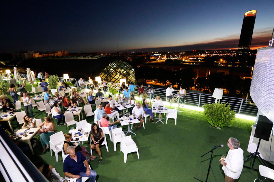 sherry on top terraza hotel nh plaza armas sevilla