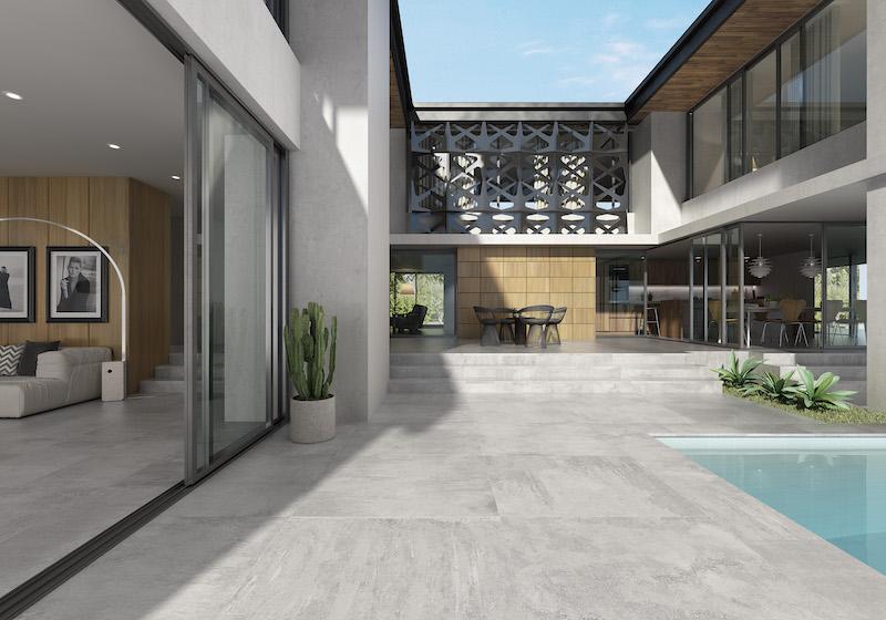 Pavimento cerámico de gran tamaño en terraza.