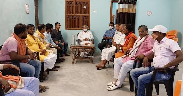 78 दिन बाद बेनीपट्टी पहुंचे विधायक विनोद नारायण झा,  कार्यकर्ताओं के साथ की बैठक