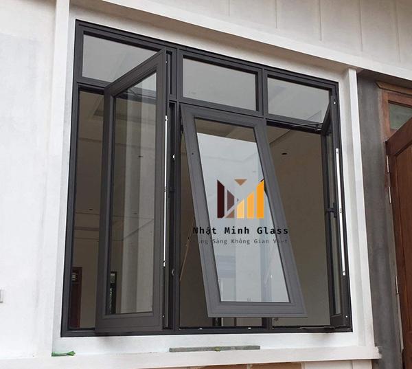 Mẫu cửa nhôm xingfa màu đen