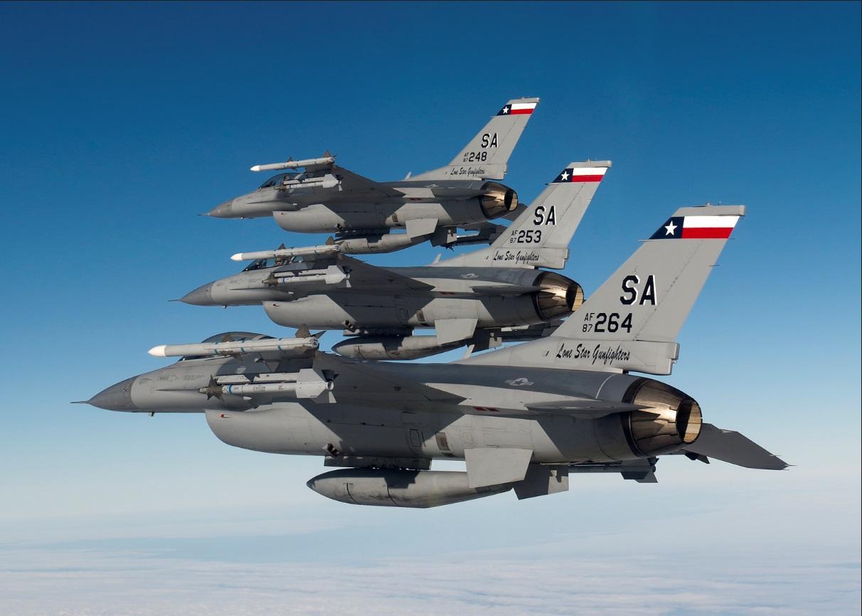 Full Frame: F-16SG? Upgrading Singapore's Fighting Falcons