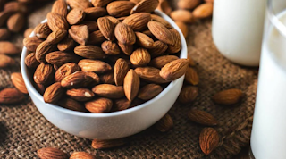 Keuntungan dan Kerugian dari Susu Almond