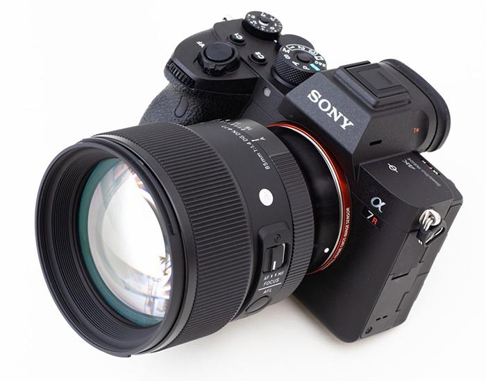Sigma 85mm f/1.4 DG DN Art с камерой Sony