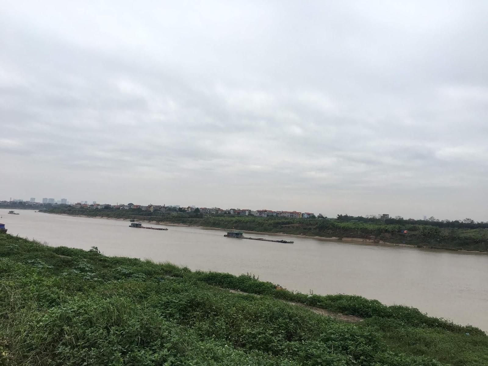 Căn hộ AQH Riverside có tầm view sông Đuống rất đẹp.
