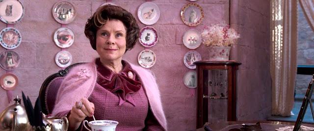Em entrevista, Imelda Staunton diz o que todos já sabiam: Umbridge era 'horrível'   Ordem da Fênix Brasileira